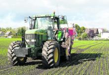 Have a close eye on the growth of crops-Photo: Private